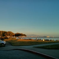 Photo taken at San Francisco Airport Marriott Waterfront by Eric R. on 2/14/2013