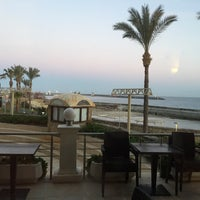 Photo taken at Vuni Palace Hotel - Restaurant by Esma A. on 2/2/2017