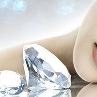 Photo taken at The Diamond Galleria by The Diamond Galleria on 3/12/2014