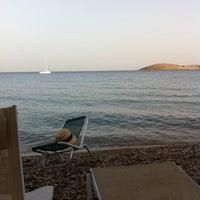 Photo taken at Payam Beach Restaurant by Pınar G. on 6/26/2014