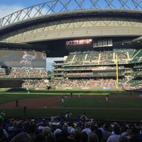 Foto tirada no(a) Safeco Field por Stephen H. em 6/29/2013