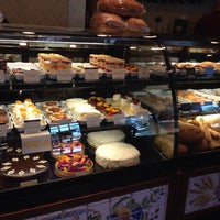 Photo taken at la Madeleine French Bakery & Café Mandeville by Michol C. on 8/17/2014