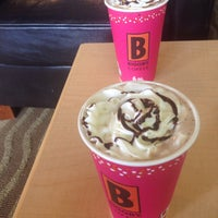 Photo taken at BIGGBY COFFEE by Helen L. on 3/16/2016