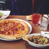 Photo taken at Pizza Hut by adekasraf on 7/25/2014