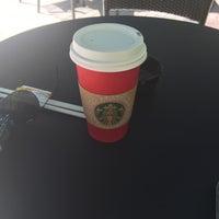 11/20/2015 tarihinde Franciscaziyaretçi tarafından Starbucks'de çekilen fotoğraf