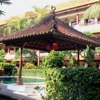Photo taken at Bakung Sari Hotel by Jasper (. on 12/9/2012