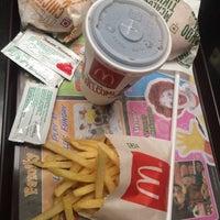 Photo taken at McDonald's by Rockstarcalling _. on 12/18/2015
