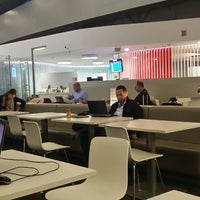 Foto tomada en Sala VIP Terminal Puente Aéreo por Fernando V. el 4/14/2014