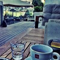 8/14/2013 tarihinde Ahmet K.ziyaretçi tarafından Espressamente Illy'de çekilen fotoğraf