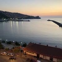 Foto diambil di Zonguldak Memurlar Lokali oleh Gökhan Y. pada 8/31/2018