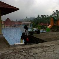 """Photo taken at Guciku """"Hot Water Boom"""" by Isni Nur L. on 12/25/2013"""