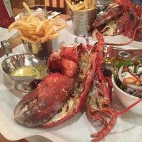 Foto tomada en Burger & Lobster por Pattawia S. el 3/7/2014