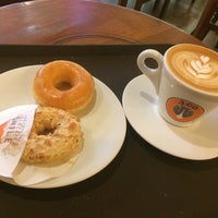 Photo taken at J.Co Donuts & Coffee by Silvia S. on 7/31/2016