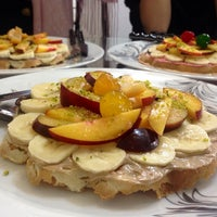 Photo taken at istanbul waffle/وافل استانبول by Donya✶❥∞ on 9/4/2014