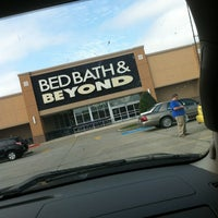 Photo taken at Bed Bath & Beyond by Melissa H. on 2/9/2013