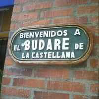 3/29/2013에 Kiberly F.님이 Budare de La Castellana에서 찍은 사진
