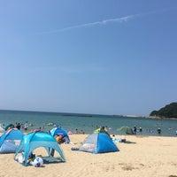 Photo taken at 夕日ヶ浦海岸 by J u. on 8/7/2016