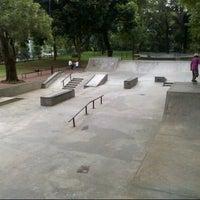 Foto tirada no(a) Greenpark Skatepark por Braman t. em 9/21/2013