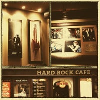 3/29/2013にHilarieliがHard Rock Cafe Pragueで撮った写真