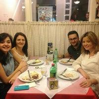 Foto tirada no(a) Pasta D'oro Pizzeria por Naiara M. em 8/16/2015