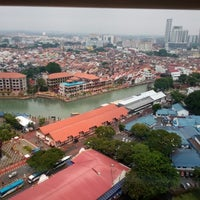 Photo taken at Menara Taming Sari , Melaka by Bee Leng O. on 10/30/2014