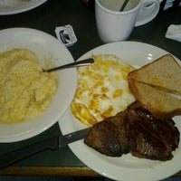 Photo taken at Fowler Street Grill by Queen U. on 2/3/2013