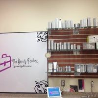 Photo taken at The Beauty Toolbox Laser & Skincare by The Beauty Toolbox Laser & Skincare on 4/13/2014