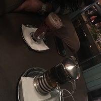 12/18/2017 tarihinde Zeynepziyaretçi tarafından Kropka Coffee&Bakery'de çekilen fotoğraf