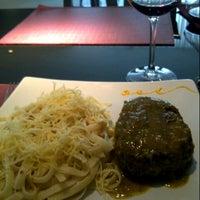 Foto tirada no(a) Sobreiro Restaurante por Rafaely N. em 5/18/2013