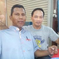 Photo taken at Roti Canai Zamree Tugu Cinta by Zainulariffin K. on 5/23/2014