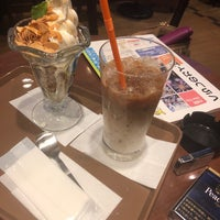 Photo taken at St. Marc Café by たぶりす on 3/12/2018