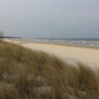 Das Foto wurde bei FKK Strand Karlshagen von Nicole M. am 4/3/2014 aufgenommen