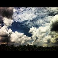 Photo taken at KM 265 Lebuhraya Utara Selatan by Diana I. on 10/6/2012