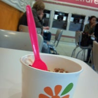 Photo taken at Cultivé Frozen Yogurt by Bev S. on 10/25/2012