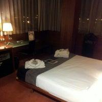 Foto tomada en Hotel Silken Ciudad Gijon por Tamara G. el 2/16/2013