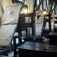 Photo taken at Museum Plantin-Moretus | Prentenkabinet by Anne E. on 9/12/2013