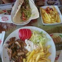 Photo taken at Sultanahmet Köftecisi by Seçil D. on 7/23/2015