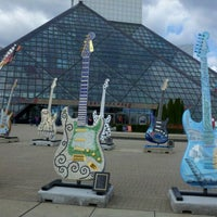 Photo taken at Rock & Roll Hall of Fame by Hester B. on 10/6/2012