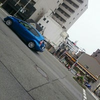 Photo taken at 堀川仏光寺 交差点 by coma2619【salon夕顔楼】 間. on 4/10/2016