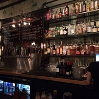 รูปภาพถ่ายที่ Jay's Bar โดย Nate M. เมื่อ 4/25/2014