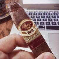 3/15/2016에 Henry H.님이 TG Cigars에서 찍은 사진