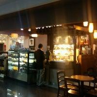 Photo taken at Bo's Coffee by Julien L. on 10/12/2016