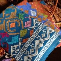 8/21/2014にAkiko M.がWorkshop Talisman, Akiko's Songket&Ikat, Tebola,Sidemenで撮った写真