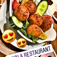 4/9/2017 tarihinde Buse B.ziyaretçi tarafından Hala Restaurant'de çekilen fotoğraf