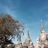 Photo taken at Phra Nakhon Si Ayutthaya by tee.fghijklmn on 12/14/2014