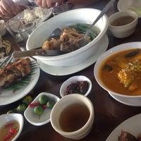 Photo taken at Nanay Dorie's Bulalohan by Eunice C. on 3/22/2015