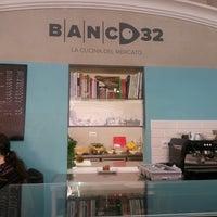 Снимок сделан в Banco 32 пользователем Franca G. 3/28/2014