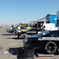 Foto tirada no(a) Bullring at Las Vegas Motor Speedway por Sal S. em 11/16/2013