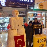 Photo taken at Adore Açık Parfüm & Saat by Emre K. on 12/27/2016