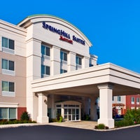 Photo taken at SpringHill Suites Long Island Brookhaven by steve c. on 9/15/2014